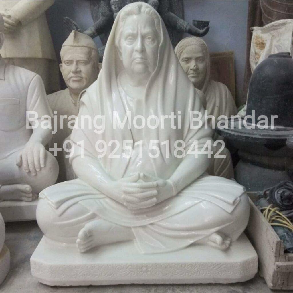 Women Statue In Marble